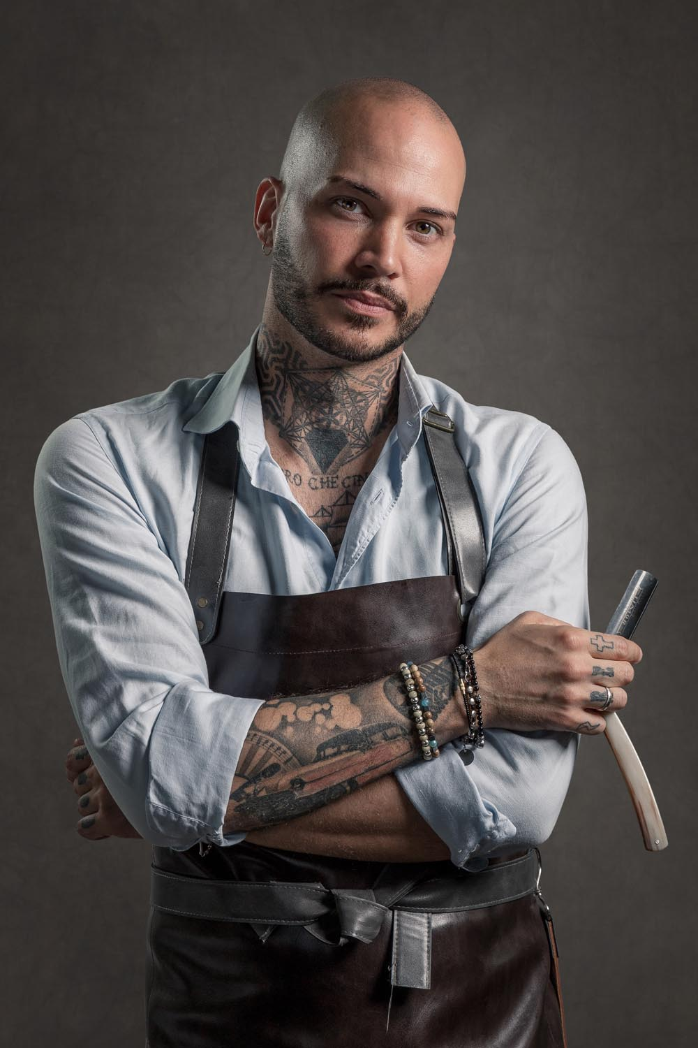 cover-Barber-Portrait-male-tattoo-02